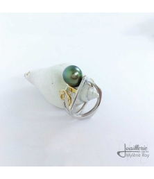 Silver and yellow gold ring with pearl of Tahiti by Jewelery signed Mylene Roy