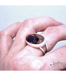 Ring with Mexican Opal by Jewelery signed Mylene Roy