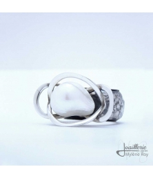 Ring with natural pearl baroque by Jewelery signed Mylene Roy